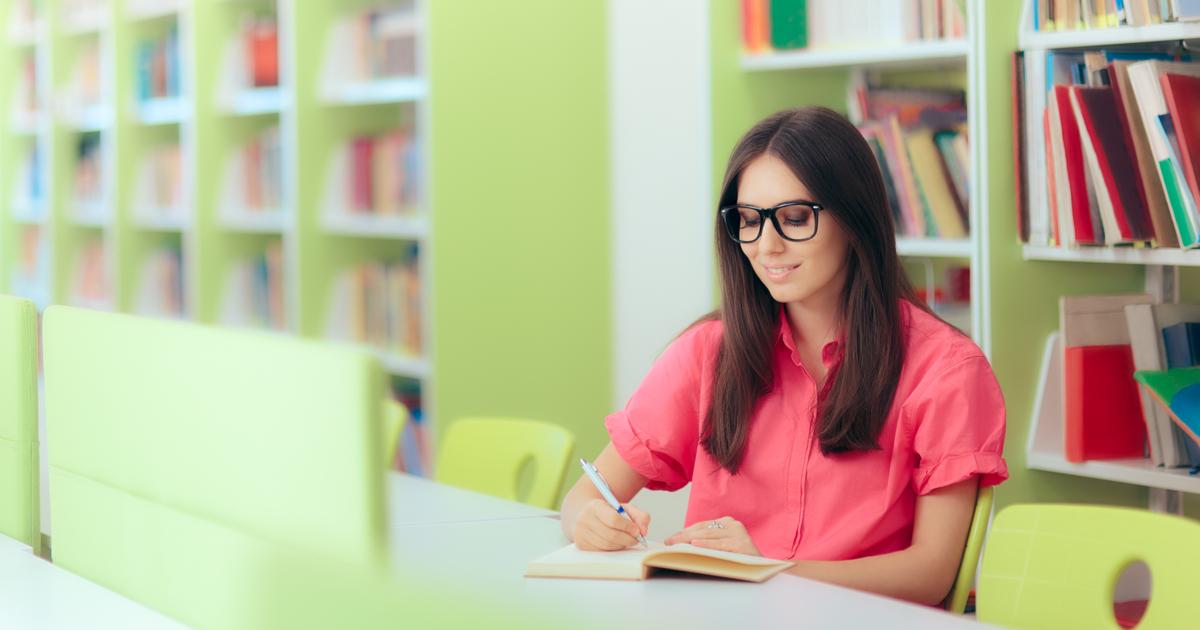 Scholarship essay writers